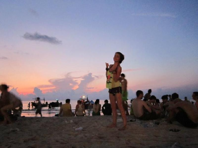 Sunrise at the Full Moon party