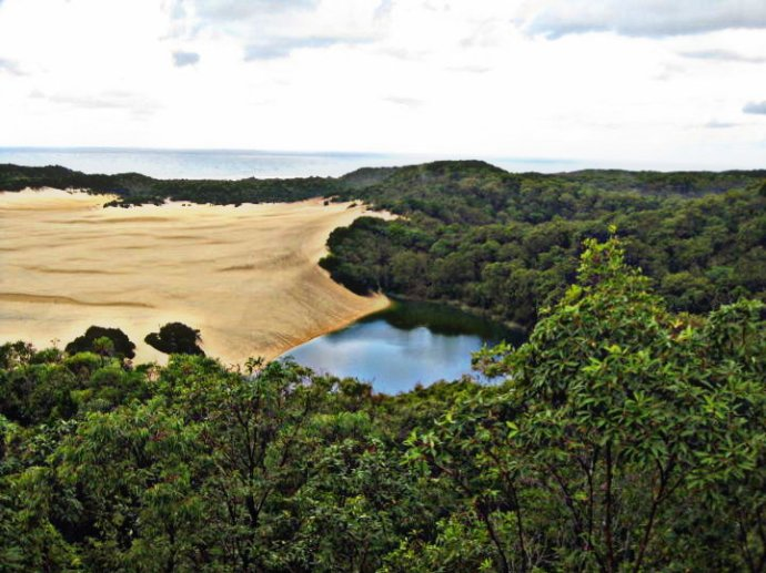 Lake Wabby at the bottom of a huge sand hill