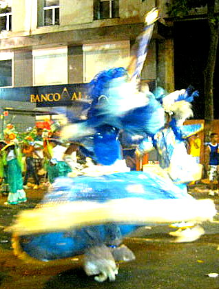A classic, blurry carnival photo: colour and movement!